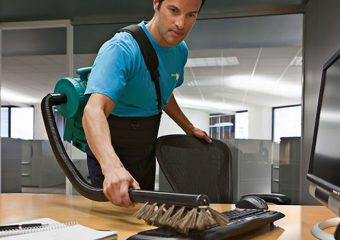 Improve the Skills of Your Cleaning Staff with These 7 Professional Tricks